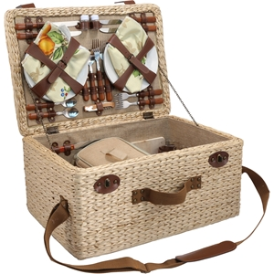 Reunion Picnic Basket For Four